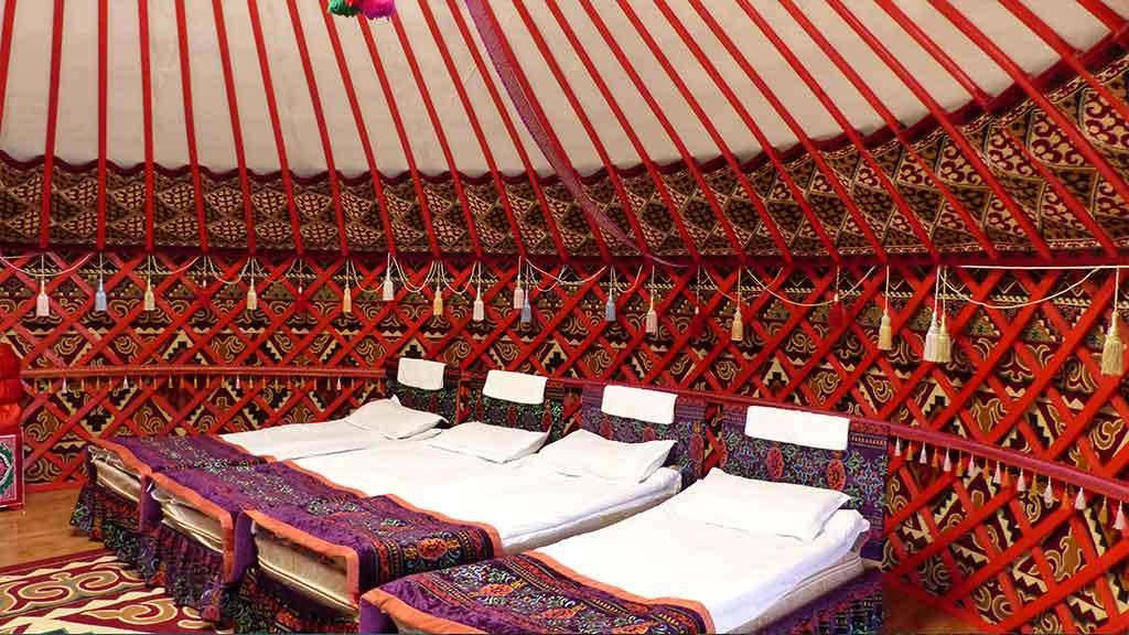 gleitschirmreise-kirgistan-jurte